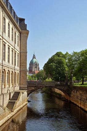 Schulen Niedersachsen - Hannover, Blick zum Neuen Rathaus