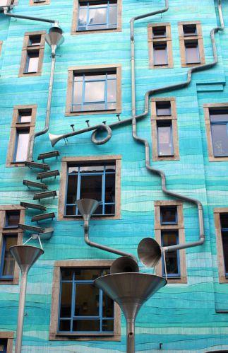Kunst - Fassade Dresden © Broesis